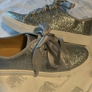 Silver glitter sneakers with ribbon laces